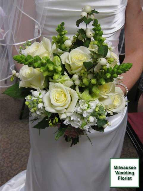 Milwaukee wedding florist